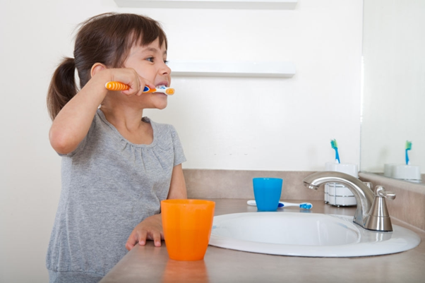 %cepillo de dientes infantil %tooth brushing for kids